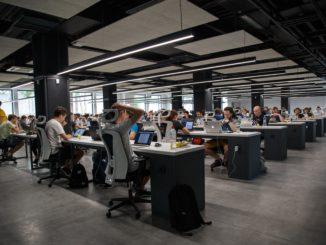 Comment travailler de manière productive en open space ?